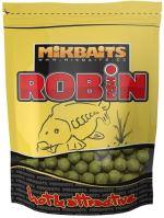 Mikbaits Boilie Robin Fish Brusinka Oliheň - Velikost 20 mm / Hmotnost 300 g
